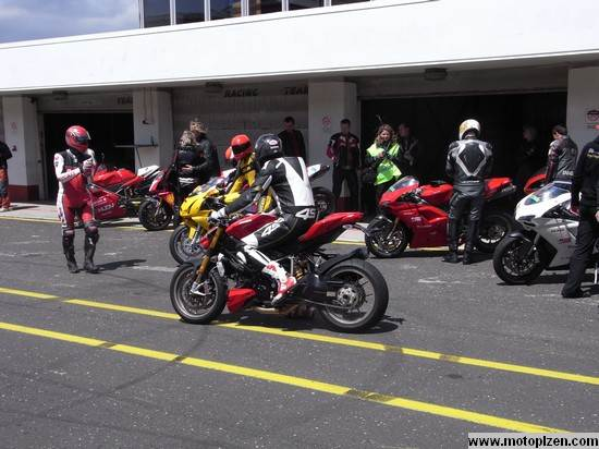 ducatiday09_04.jpg
